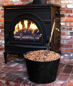 leaf-pellets-used-as-stove-fuel